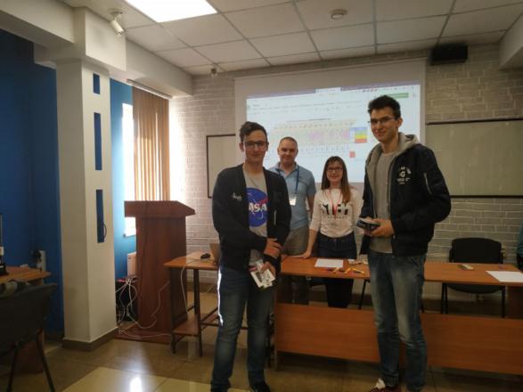 Наш студент одержав перемогу в ІІІ спеціалізованому IT-}{ackathonі